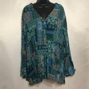 ISLANDER V-neck Graphic Top Size 2X